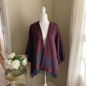 American Eagle Outfitters Sweater Poncho Fringe